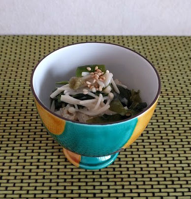 徳島県発!鳴門ワカメのえのきマヨ和え【だしとうま味の料理教室|名古屋】